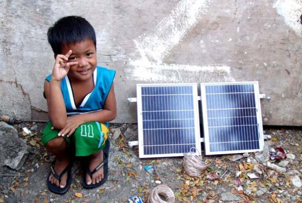 All smiles from a kid in Paranaque